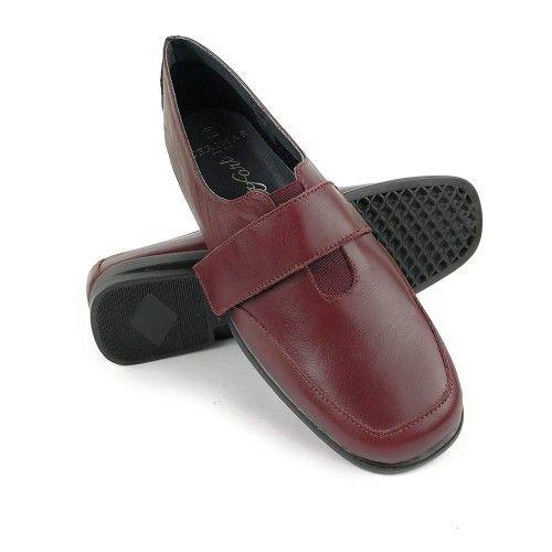 Zapatos de piel elegantes y comodos color burdeos Zerimar - 1