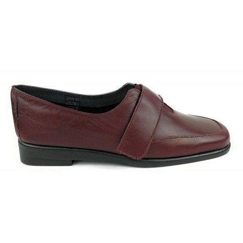 Zapatos de piel elegantes y comodos color burdeos Zerimar - 2
